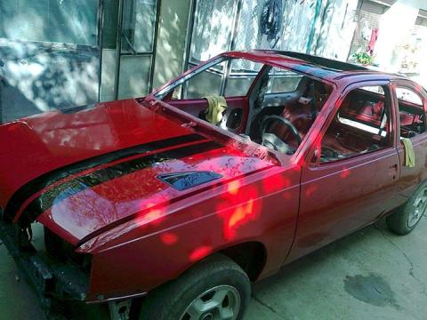 kompletno farbanje Opel Suza
